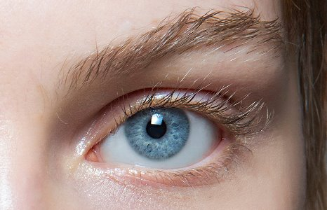 Три правила носіння контактних лінз