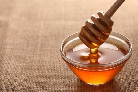 Від якого небезпечного захворювання вас вбереже мед