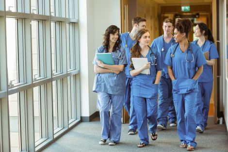 Студенти-медики