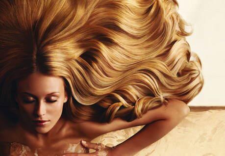 Маски для відновлення волосся