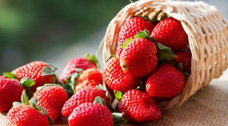 Вибір смачної та корисної полуниці
