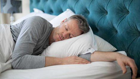 Привід насторожитися: тривалий сон назвали ознакою небезпечних хвороб