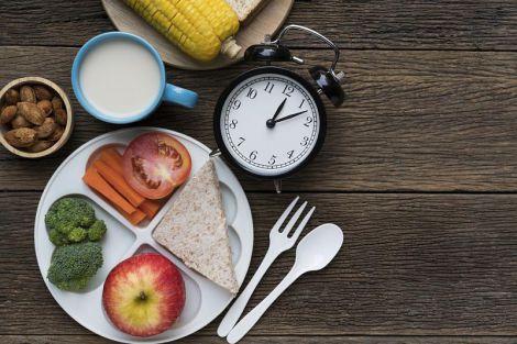 Вчені дізналися про спосіб продовжити життя за допомогою їжі