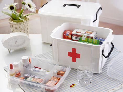 Збираємо аптечку для літнього відпочинку