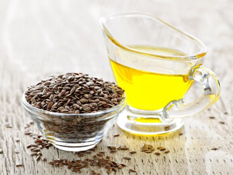 Три корисні властивості лляної олії