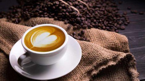 Небезпечна для серця доза кави