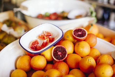 Обережніше вживайте грейпфрут якщо у вас підвищена кислотність шлунку