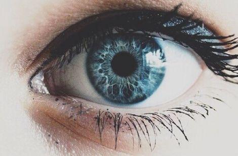 Зверніться до офтальмолога