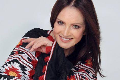 Відома співачка ледь не померла під час пластичної операції