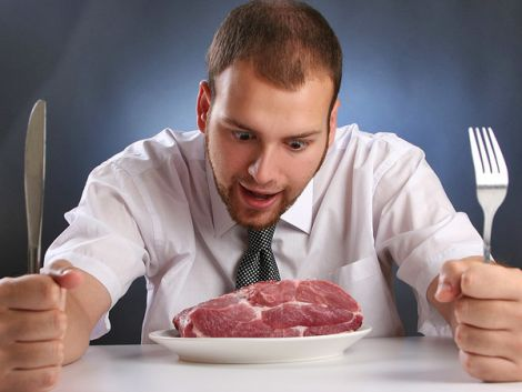 Чому чоловікам потрібно їсти м'ясо?