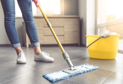 Вологе прибирання в будинку