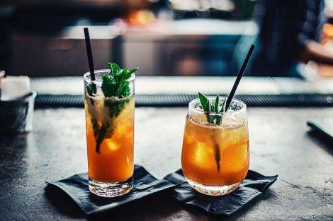 Лікар розповів про здатність холодних напоїв викликати рак горла