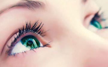 Сухість очей: позбудьтеся неприємних відчуттів
