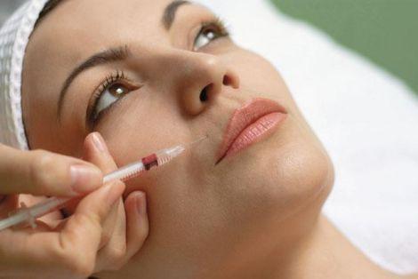 Процедура мезотерапії для шкіри обличчя