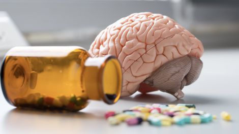 Загроза для мозку: дефіцит вітаміну B12 може привести до когнітивних порушень та інсульту