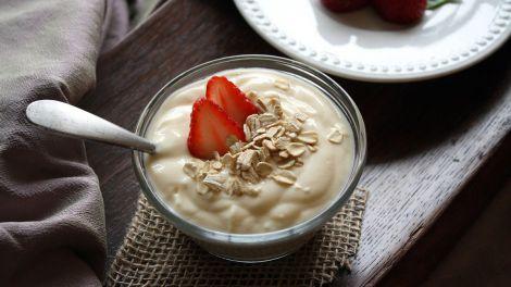 Спосіб знизити кров'яний тиск знайшли в йогурті і кефірі