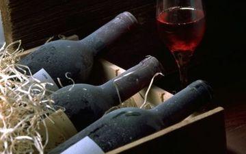 Червоне вино знижує рівень цукру у крові
