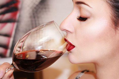 Шкідливий вплив алкоголю на зуби