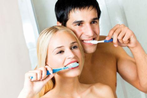 Після їжі не можна чистити зуби