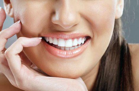 3 продукти для відбілювання зубів