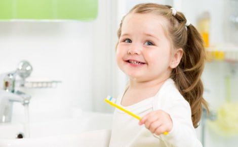 Небезпека зубної пасти для дітей
