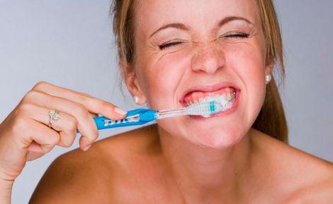 Чому чистити зуби важливо для серця?