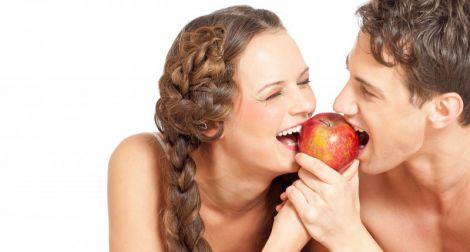 Продукти, які зміцнюють зуби та ясна