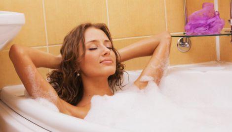 Гаряча ванна сприяє схудненню