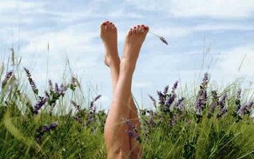 Курага допомагає при набряках ніг