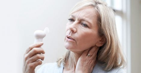Менопауза впливає на роботу жінки