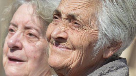 Три етапи старіння людей