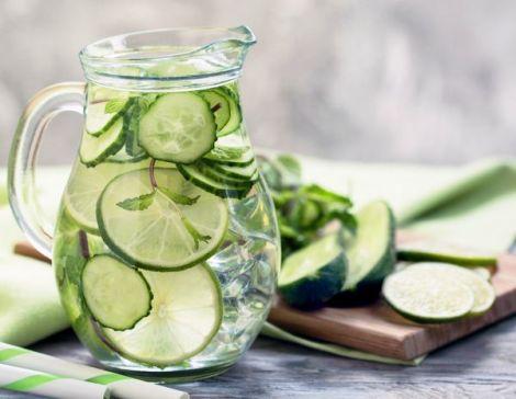 Огіркова вода: користь для жіночого здоров'я