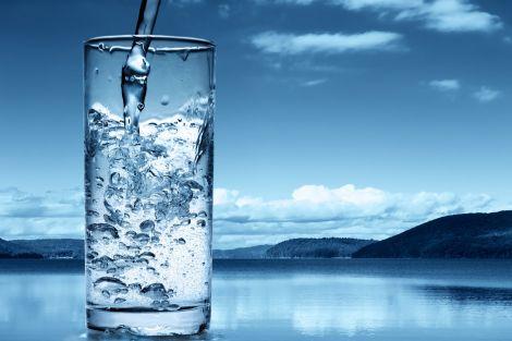 Дієтологи розповіли, як правильно пити воду