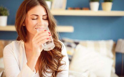 Чому ми п'ємо мало води?