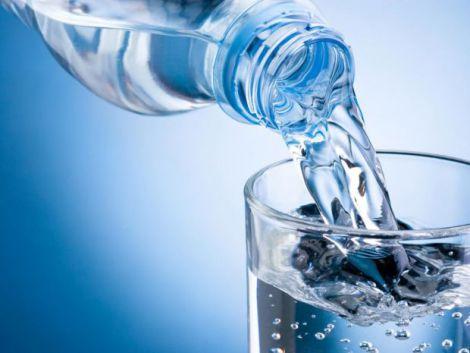 Чому кількість води в тілі збільшується?