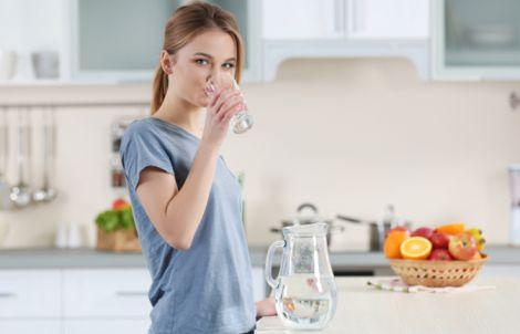 Основа жизни: почему нам надо пить больше воды?