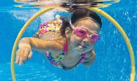 Хлорована вода: як захистити шкіру та волосся