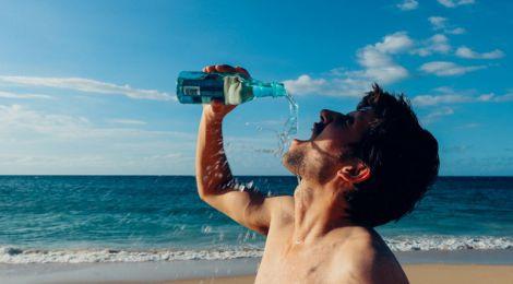 Як вживати воду у спекотні дні?