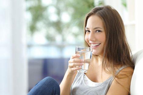 Склянка теплої води замість ліків