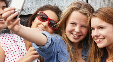 Щасливі підлітки
