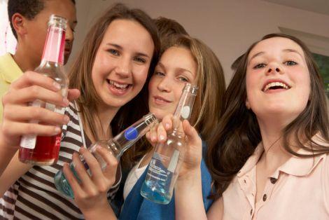 Вживання алкоголю підлітками