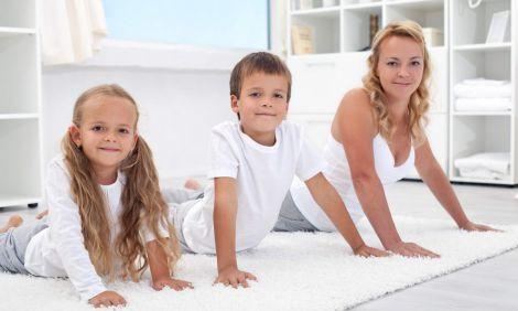 Ранкова зарядка для всієї сім'ї