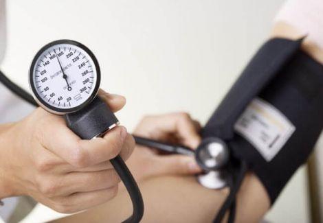 Вчені розповіли, як знизити тиск за 5 хвилин
