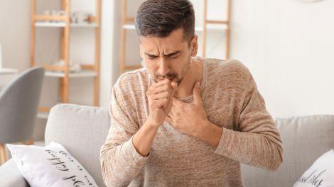 Чим відрізняється коронавірусний кашель від кашлю курця?