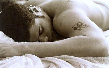Чому небезпечно спати на животі?