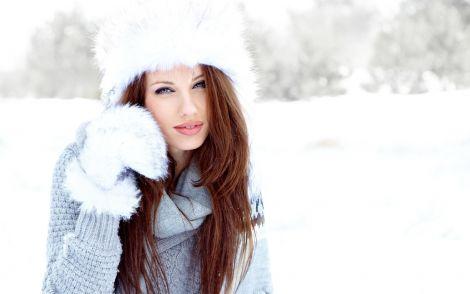Як доглядати за волоссям взимку?