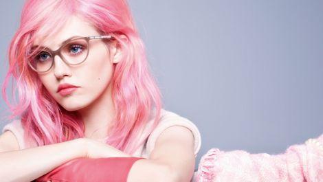 Як доглядати за яскравим кольором волосся?