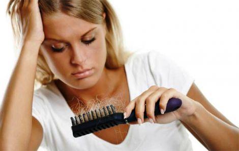 Причини інтенсивного випадіння волосся