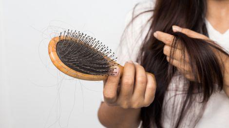Чому ви неправильно розчісуєте волосся?