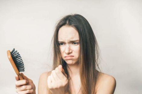 Хвороби, через які випадає волосся